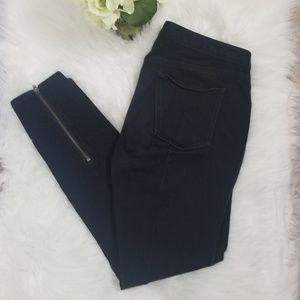 Madewell Skinny Black Zippered Leg and Pocket Sz8